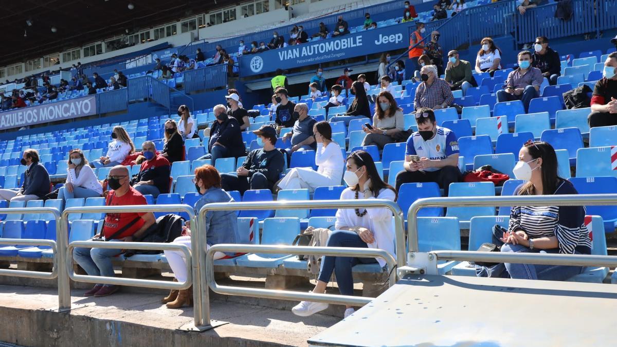 La Romareda, en el partido entre el Aragón y el Barbastro, con 500 aficionados.