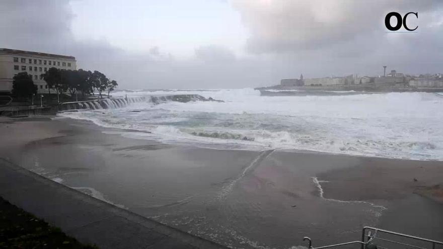El temporal provoca hasta 150 incidencias en la ciudad solo por la mañana