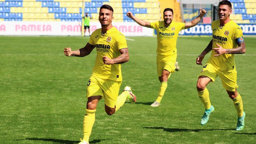 El Villarreal B supera al Costa Brava y otea el horizonte desde lo más alto de la tabla (2-0)