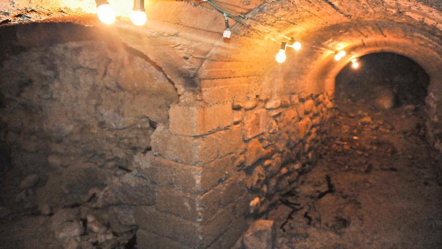 Puigcerdà reprèn la restauració del túnel del Passeig per obrir-lo al turisme