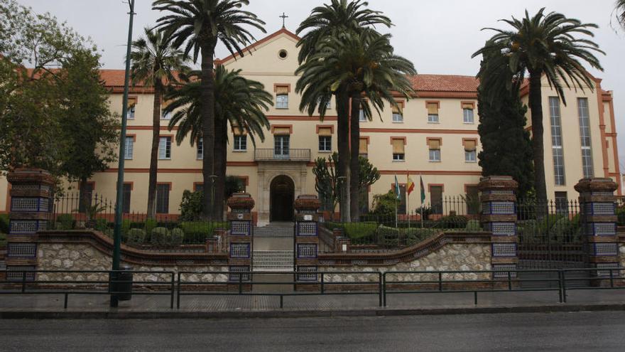 Málaga recuerda la etapa de estudiante de Ortega y Gasset con una placa en San Estanislao