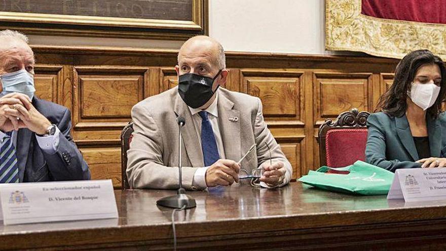 Del Bosque, protagonista en la Cátedra de Cultura Iberoamericana
