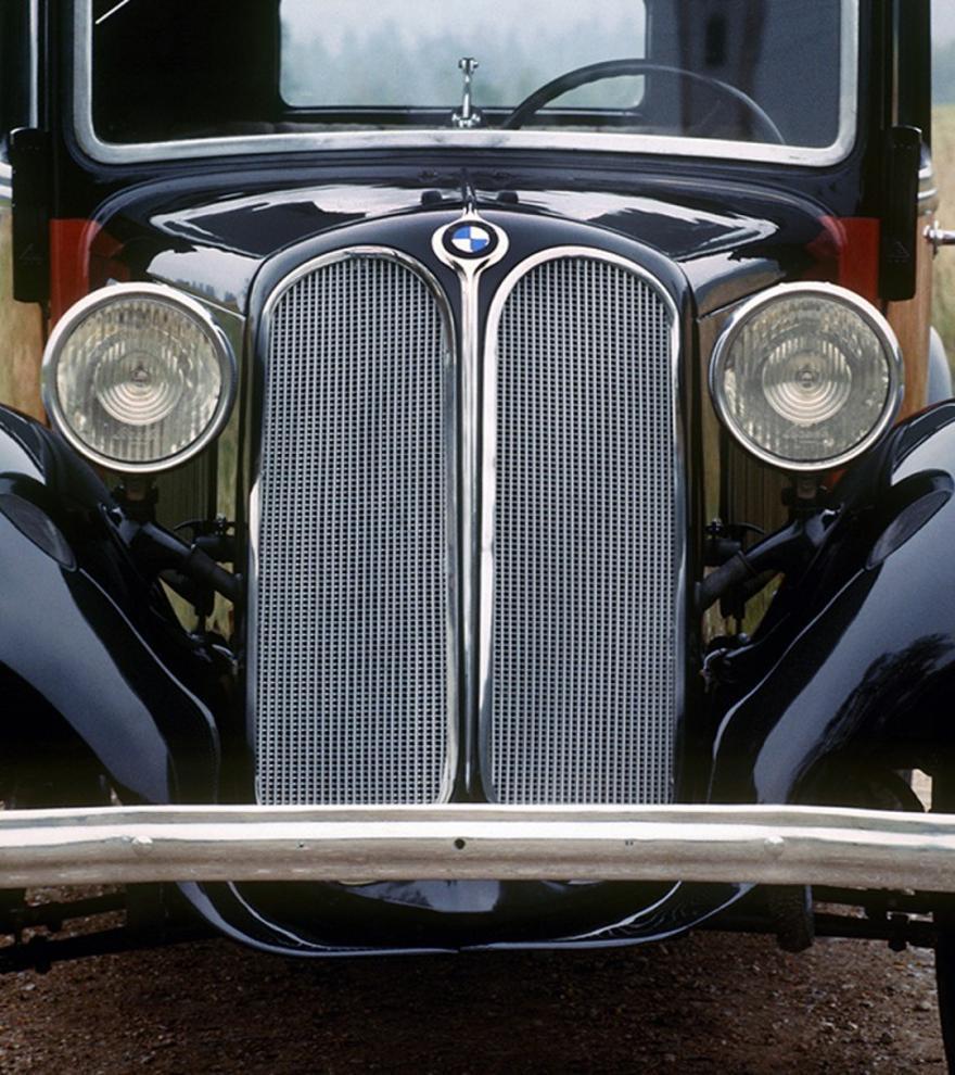 Las 10 parrillas más icónicas de BMW: desde el BMW 303 de 1933 hasta el BMW iX de 2021