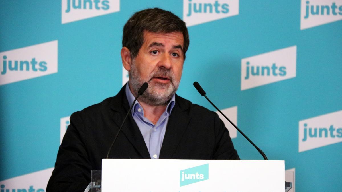 Primer pla del secretari general de Junts, Jordi Sànchez, durant una roda de premsa