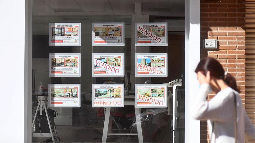 La anulación de la plusvalía deja en suspenso la venta de pisos ante las incógnitas legales