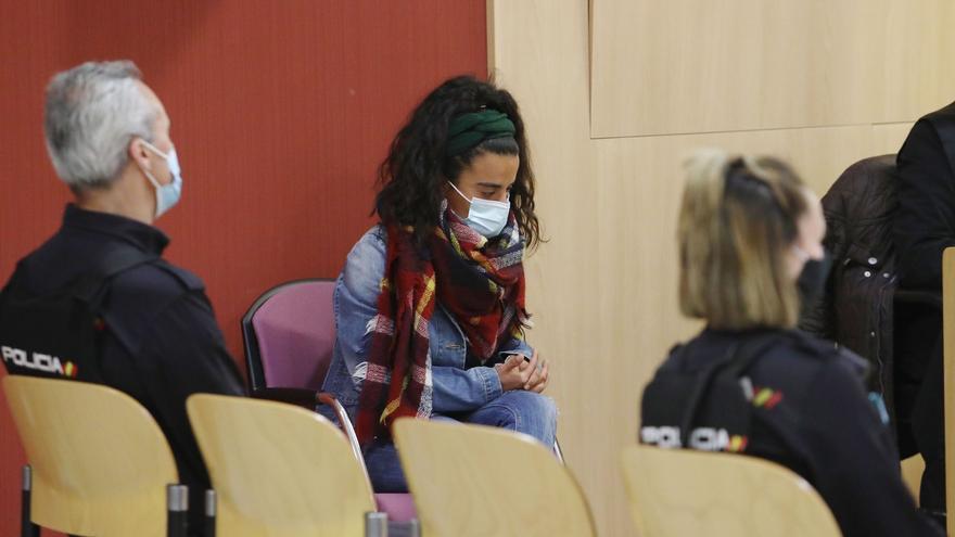 """La acusada de matar a su bebé en Asturias pide perdón: """"No tendré vida para arrepentirme"""""""