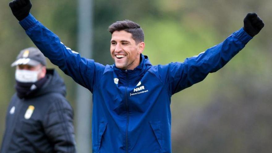 Grippo, en la recámara para ser titular con el Oviedo y Arribas no llega a tiempo