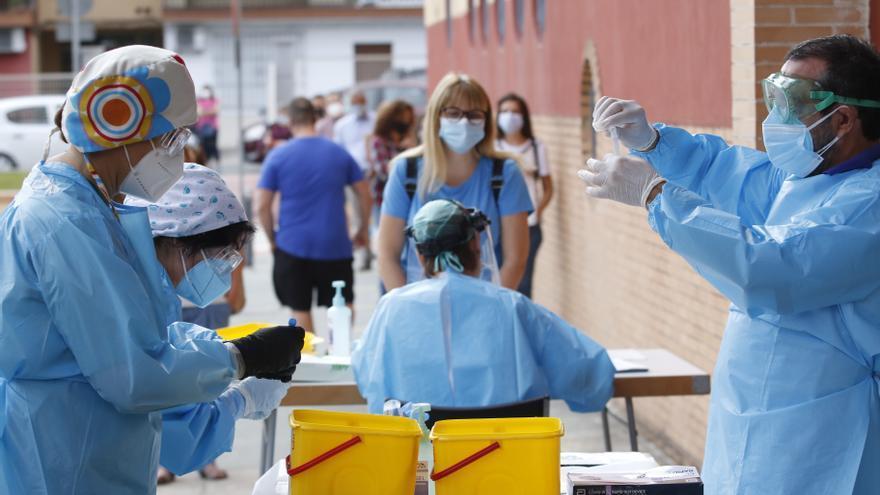 Salud registra durante el fin de semana otros 147 positivos por covid y una muerte más