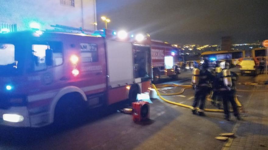 Incendio en una nave de El Sebadal