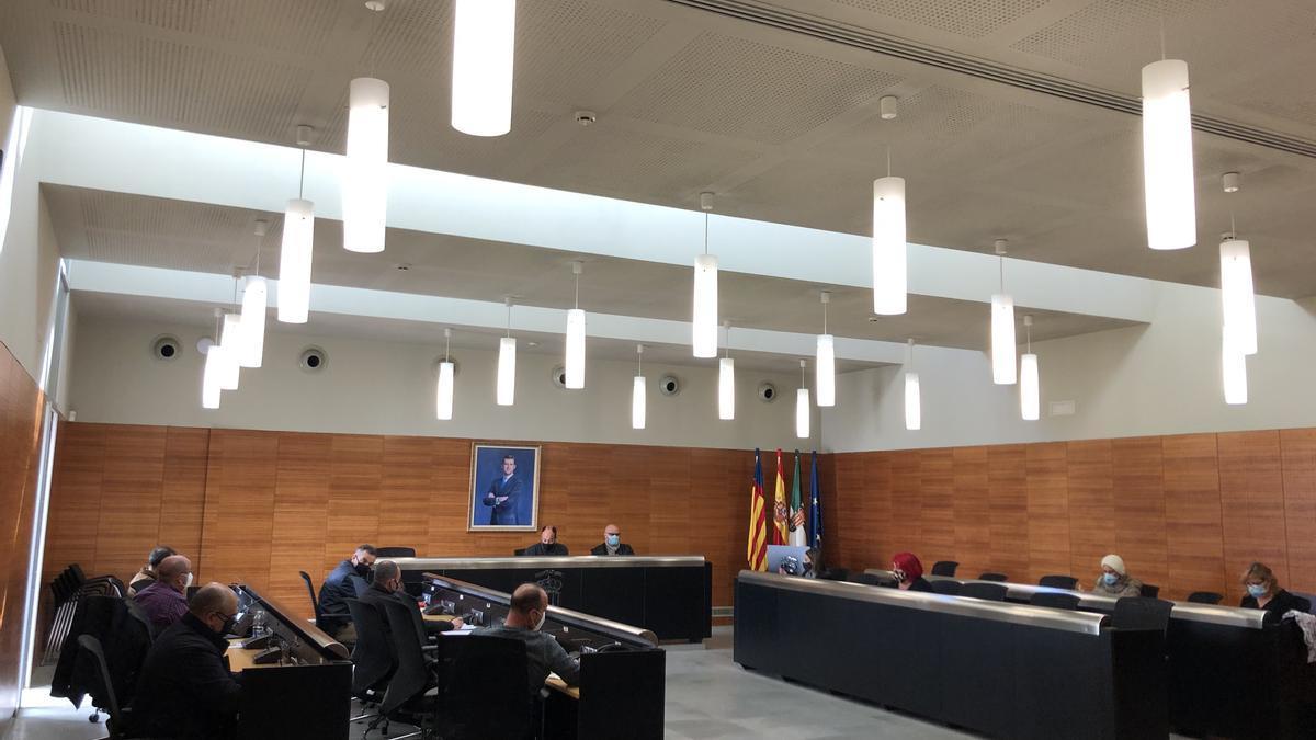 La primera reunión del Comité de Seguridad y Salud celebrada en el salón de plenos.