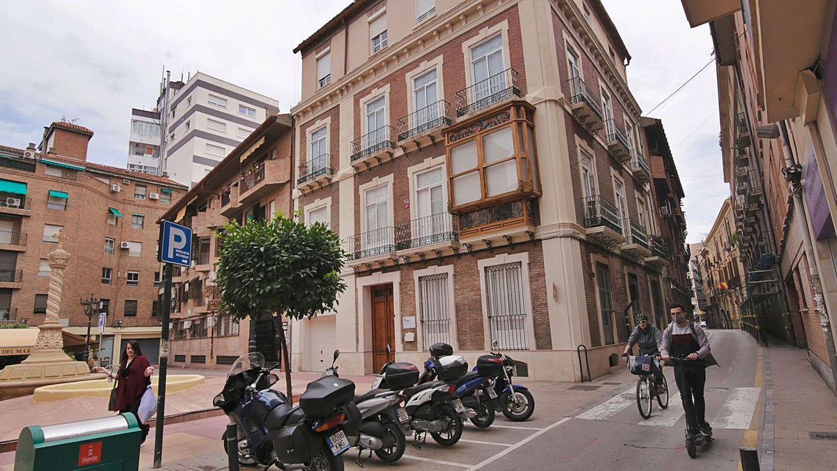 El acceso a la calle San Nicolás estará controlado con cámaras de lectura de matrículas | JUAN CARLOS CAVAL