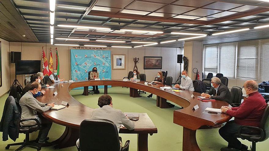 Zamora vacunará a las Fuerzas de Seguridad la semana que viene