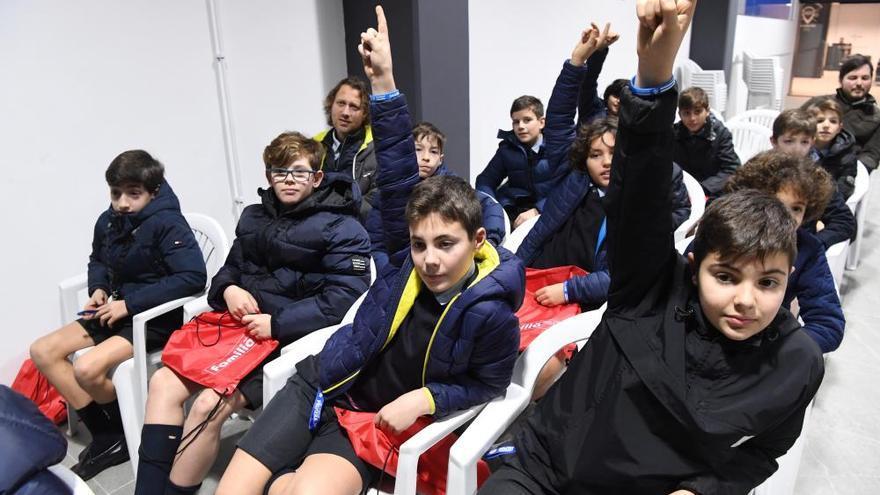 Alumnos del colegio Peñarredonda, en Valores Branquiazuis