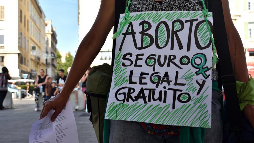 Los abortos descendieron en 2020 después de tres años de repunte