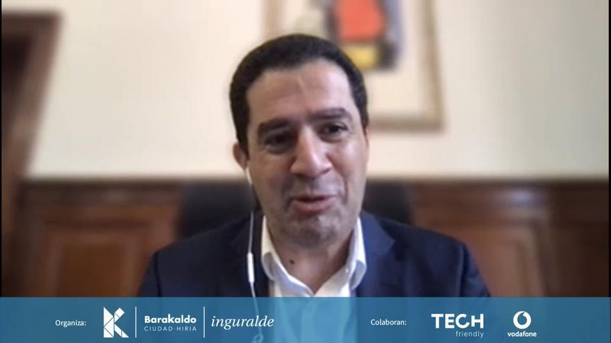 Alcoy participa en una jornada de transformación digital en Barakaldo