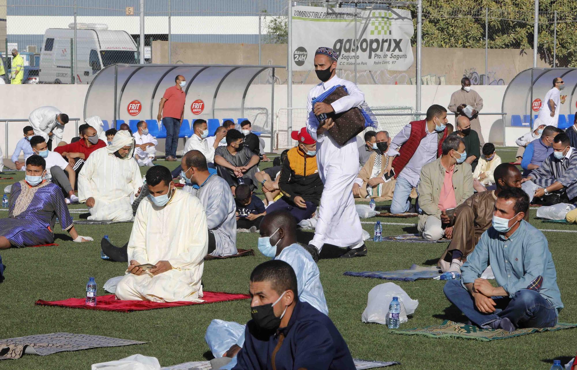 Cientos de musulmanes celebraron en Sagunt el fin del Ramadán.