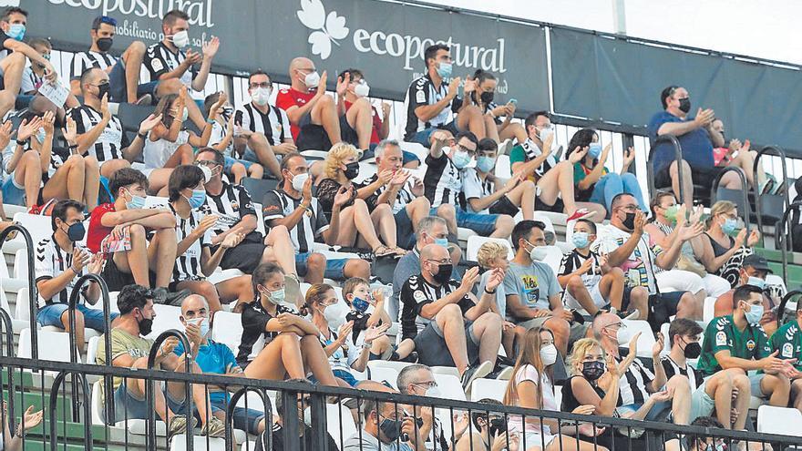 Castalia aspira a un aforo de 9.000 para el próximo partido