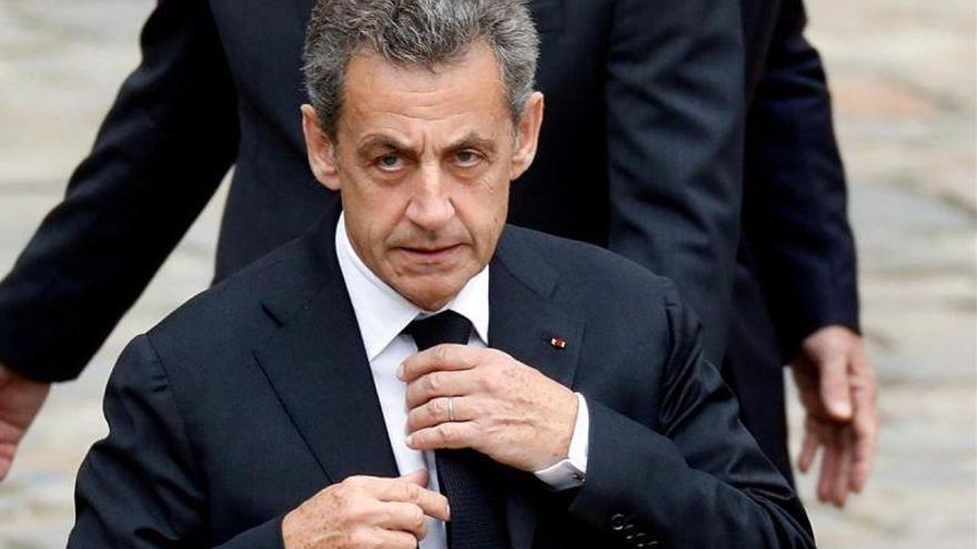 Sarkozy, condenado a tres años de prisión por corrupción y tráfico de influencias