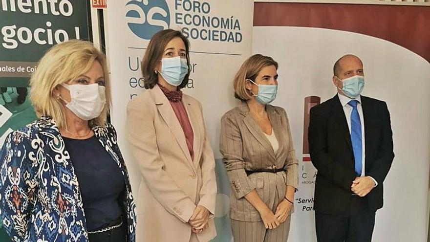 Blanco sitúa a Málaga como «el puntal en el que el resto de provincias han de verse»