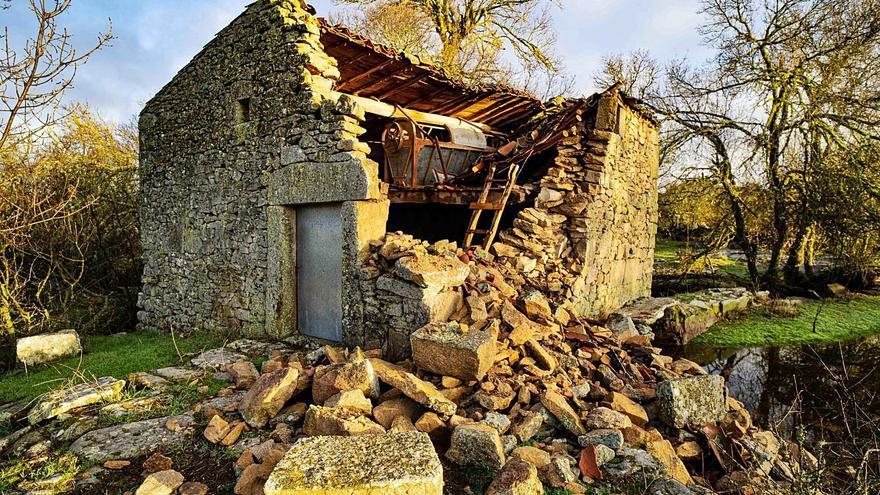 El molino Matarranas de Villamor de Cadozos ya es historia