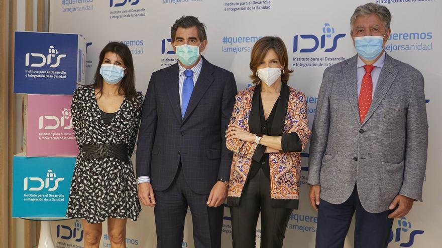 Los españoles avalan la colaboración de la sanidad pública y privada