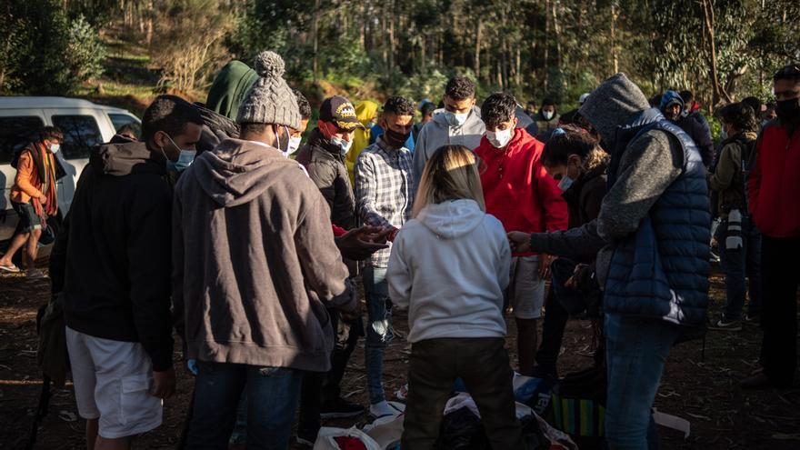 'Libre de Cie' asesora a los migrantes de Las Raíces