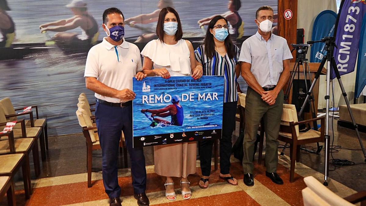 Presentación del II Open de Málaga de Remo de mar que se disputará este próximo sábado