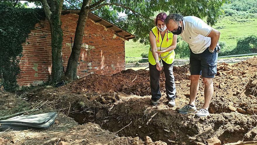 La jueza da vía libre a que continúen las exhumaciones en la fosa común de El Rellán