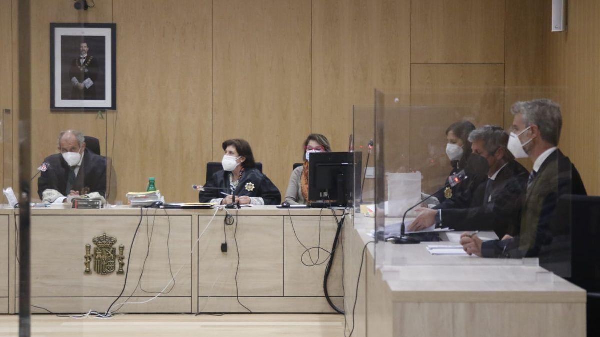 La Sección Segunda de la Audiencia de Córdoba acogió el juicio al vecino de Iznájar de 95 años que mató a su mujer enferma de alhzéimer.