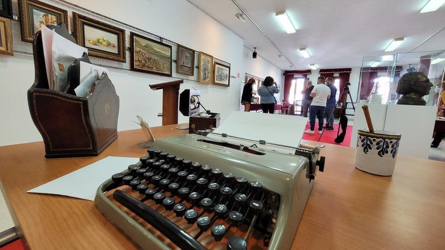 Teba acoge desde hoy la exposición dedicada al Legado 'Julián Sesmero Ruiz'