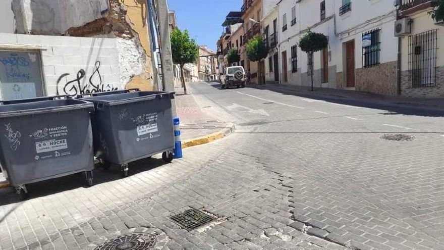 """El PP de Puente Genil denuncia el """"rotundo fracaso"""" del gobierno local en la gestión y mantenimiento de vías públicas"""