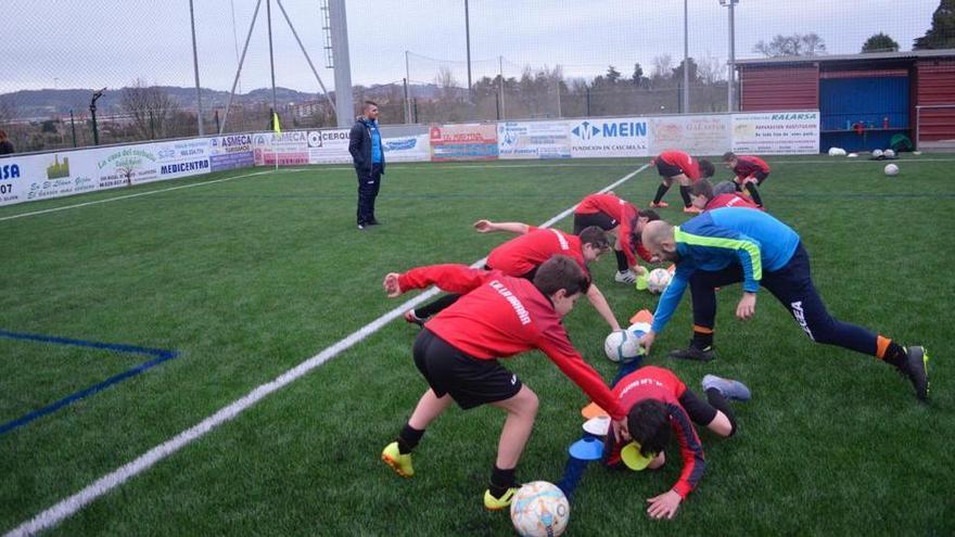 Asturias cancela el fútbol escolar y el femenino de ámbito regional en 2020