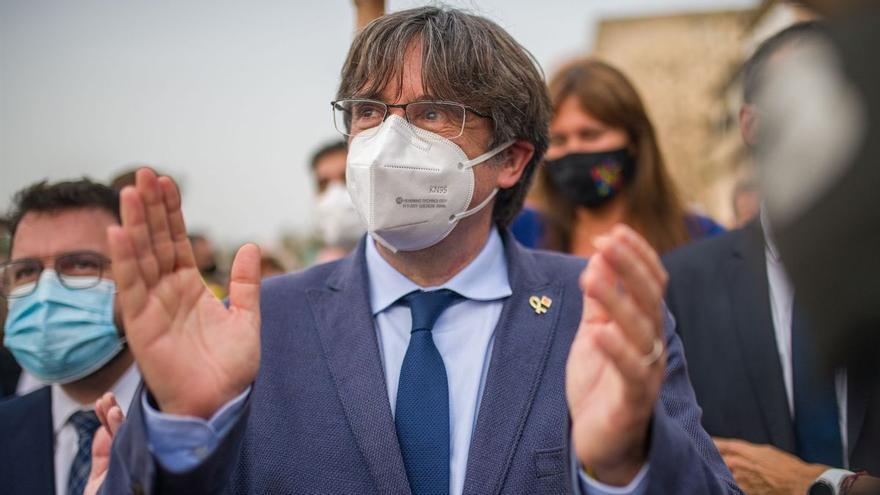 Puigdemont pide a ERC no negociar sobre su caso en la mesa de diálogo