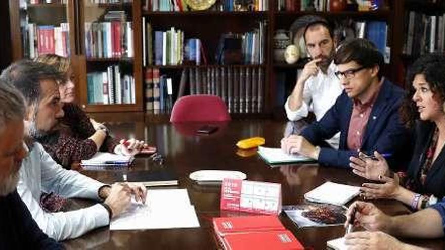 """Comisiones Obreras defiende el acuerdo en la izquierda como """"imprescindible"""" ante Sofía Castañón"""