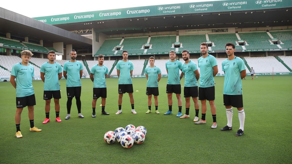 Los diez fichajes del Córdoba CF en el primer día de trabajo en El Arcángel.