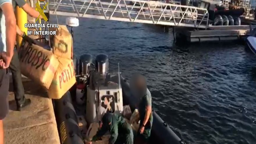 La Guardia Civil detiene a seis personas e interviene 3.700 kilos de hachís en Huelva