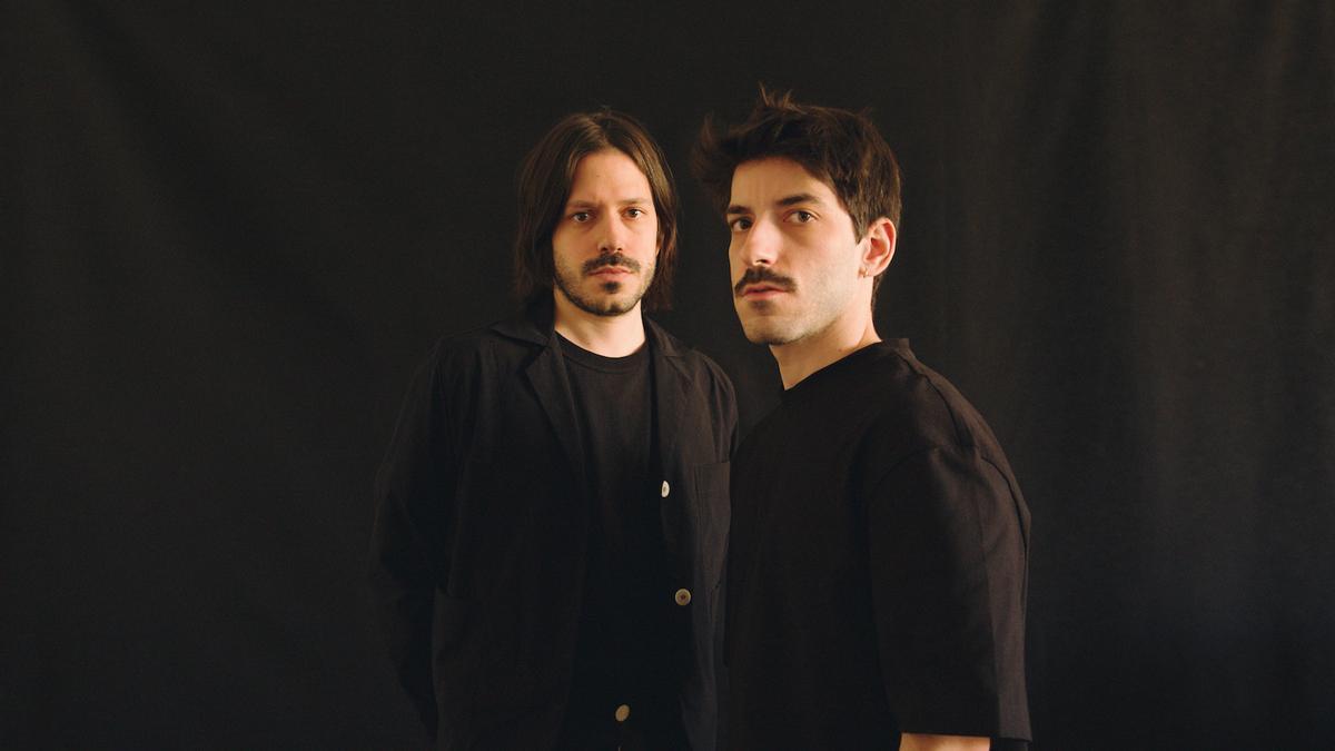 Maestro Espada fusiona los sonidos de la huerta con la electrónica y el folk en El Arte Se Toca