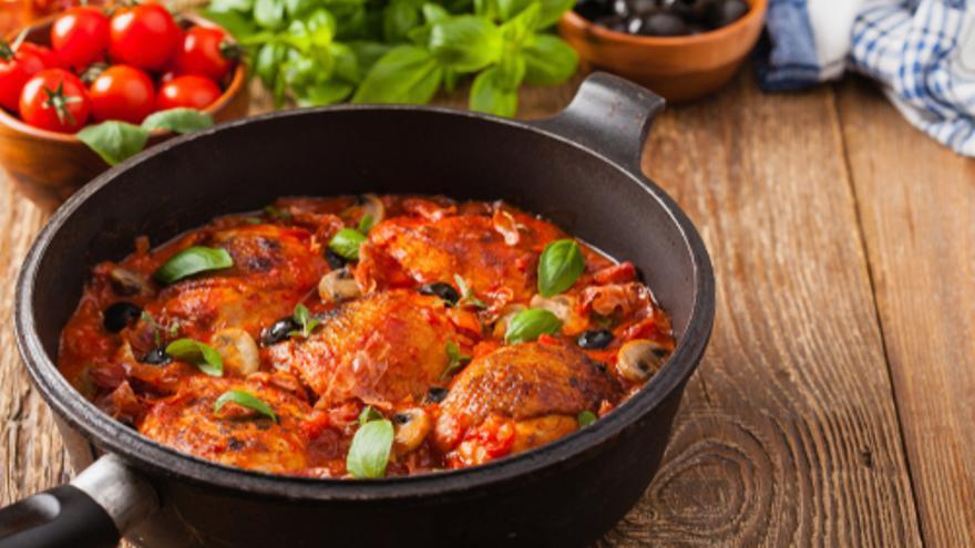 Gallina con Tomate