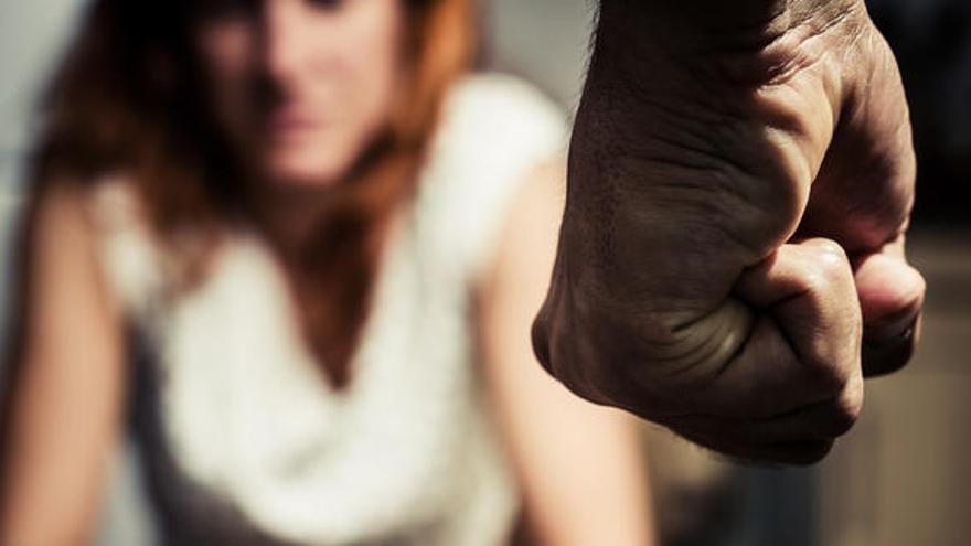 Casi 1 de cada 3 europeos justifica el abuso sexual