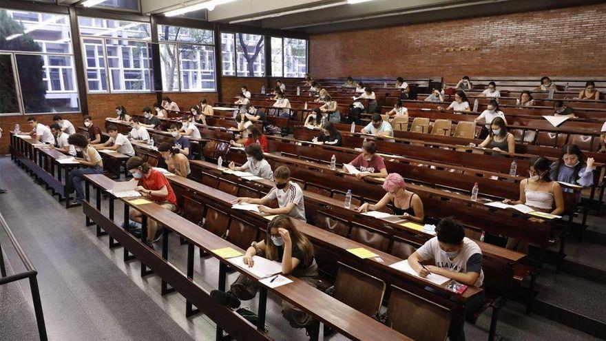 El Ministerio de Universidades estudiará la brecha salarial