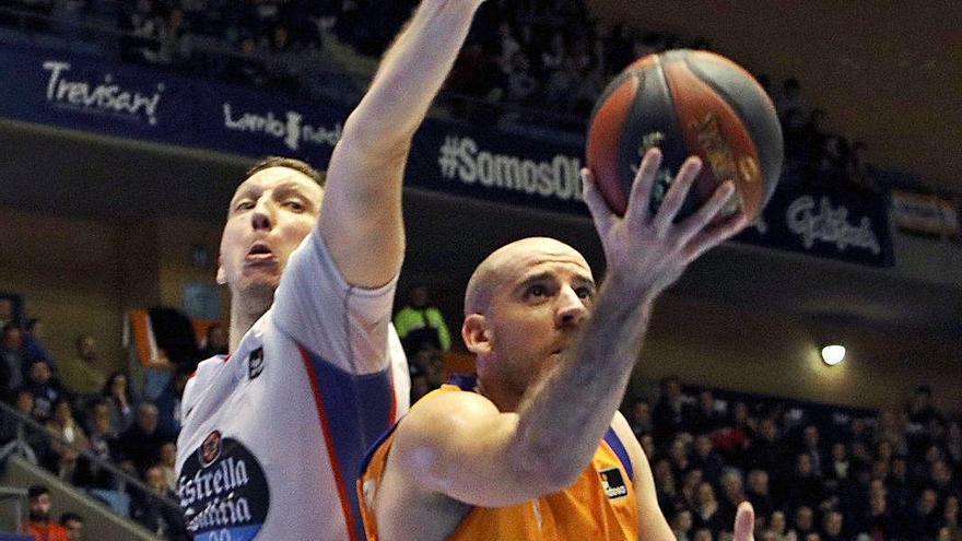 Van Rossom o Colom saldrían si el Valencia Basket ficha otro base