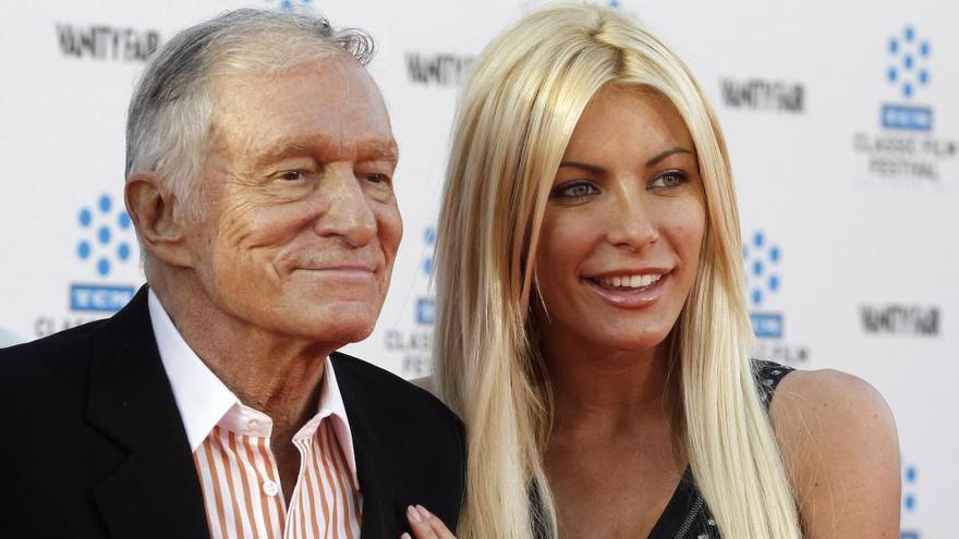 Acusan a Hugh Hefner de tapar los presuntos abusos de Bill Cosby