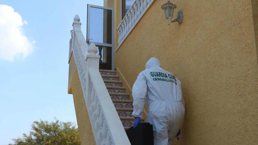 Detenido un hombre por matar a su pareja en Alicante