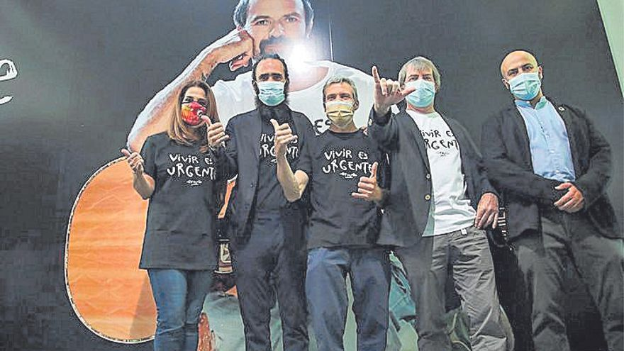 Pau Donés: Su lema 'Vivir es urgente' se torna en camiseta contra el cáncer