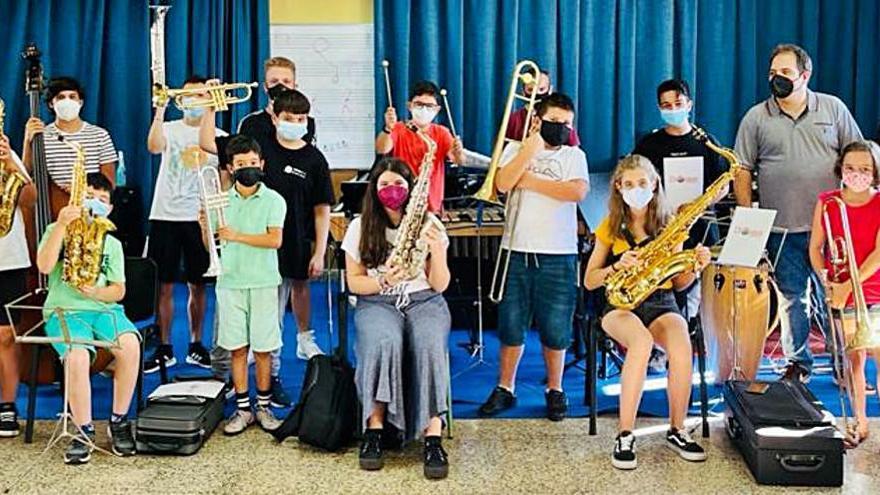 La Chouque Big Band salta al escenario