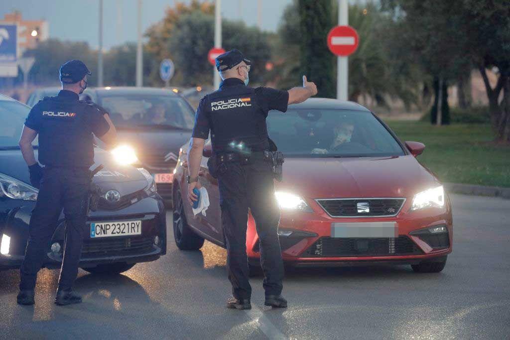 Ofensiva contra el botellón en Son Castelló