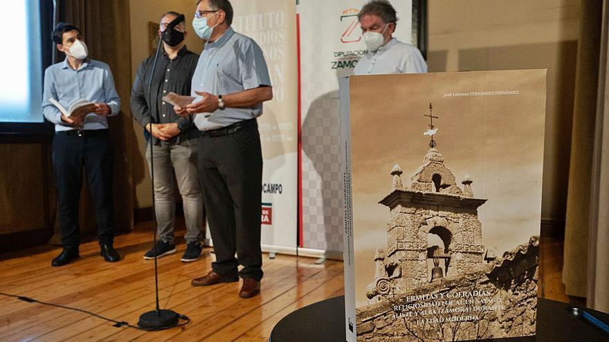Un libro de José Lorenzo profundiza en las ermitas y cofradías de Sayago, Aliste y Alba