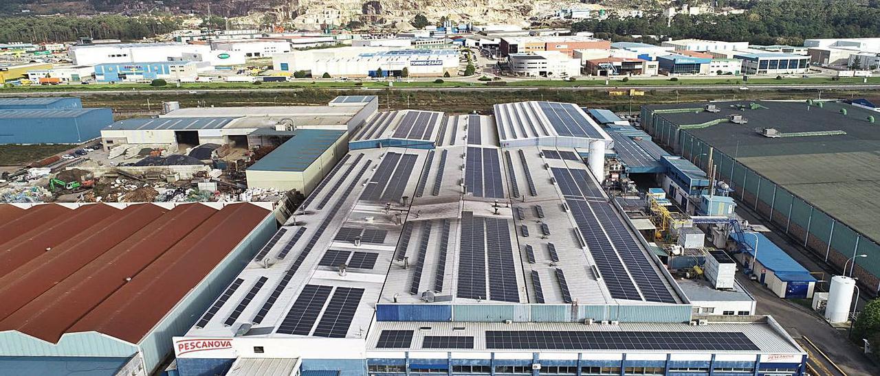 Instalaciones fotovoltaicas en el centro industrial de Porriño, antigua Frinova.