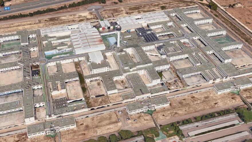 Aislados por precaución dos reclusos de la cárcel de Picassent en un módulo vacío