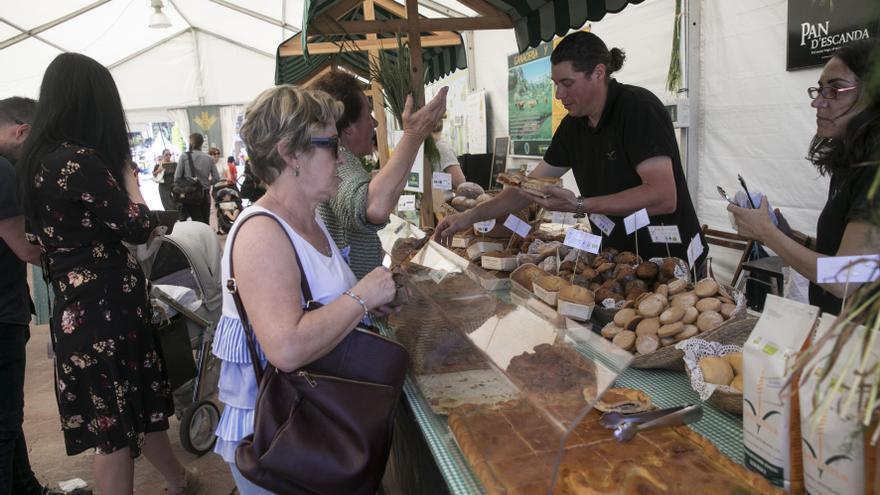 Pasión láctea por la Ascensión: la tradicional feria  de Oviedo tendrá 38 puestos de queso y 28 de otros productos agroalimentarios